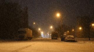 Успокаивающие звуки метели и ветра, для сна и отдыха | Красивый снегопад в ночи