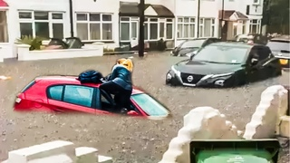 London is Flooded! Biggest Flooding in London, England (July 25, 2021)