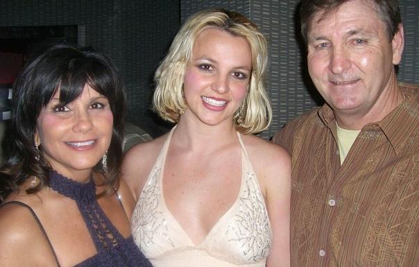 Мать Бритни Спирс обратилась в суд, чтобы контролировать финансы певицы Линн Спирс хочет быть более осведомленной о финансах дочери, сообщает издание ET-Online. Согласно судебным документам,