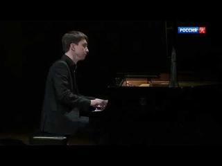 """Robert Schumann - """"Carnival"""" op.9, No. 16 German waltz / Alexey Melnikov"""