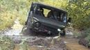 Советский внедорожник ЛуАЗ-969 «Волынь» месит грязь на бездорожье Лучшие моменты