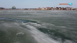 Весенняя рыбалка на тающем льду 14 04 21