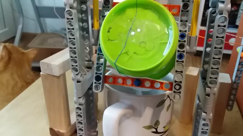 Машина Голдберга для приготовления кофе
