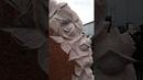 Памятник с сердцем и резными розами из лезниковского гранита