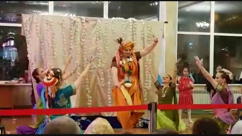 8-11-2018 Говардхана-Пуджа Shri Govardhan Maharaj Tere Mathe॥ Shri Govardhan Puja Special __ Jay Giriraj