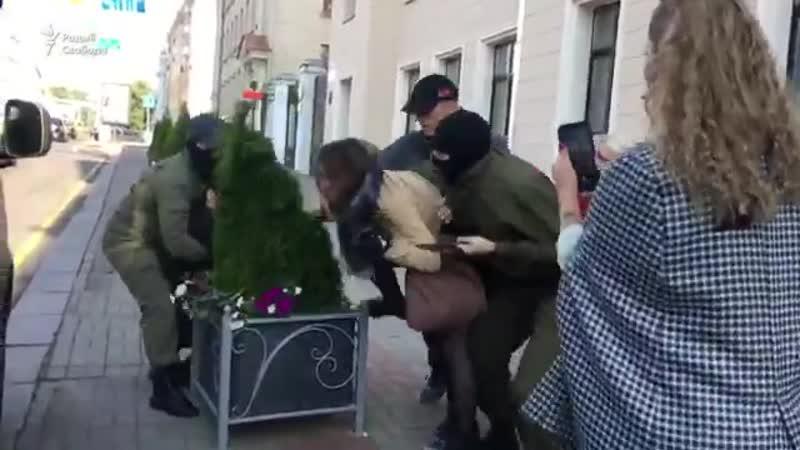 Что то мне уверенно подсказывает что эти зелёные человеки Беларусь увидели дай Бог если во второй раз