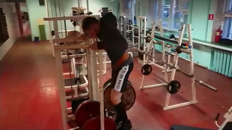 Брусья Норматив МС стритлифтинг Собственный вес 65 кг / на поясе 85кг.