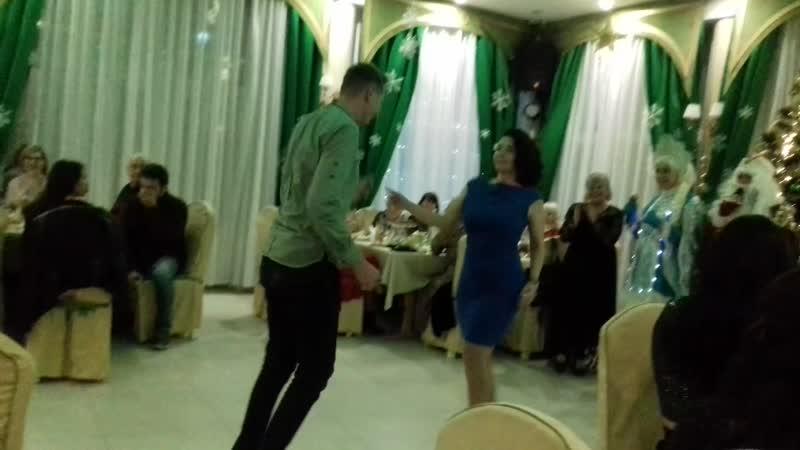 Танец Ботаник и гопница