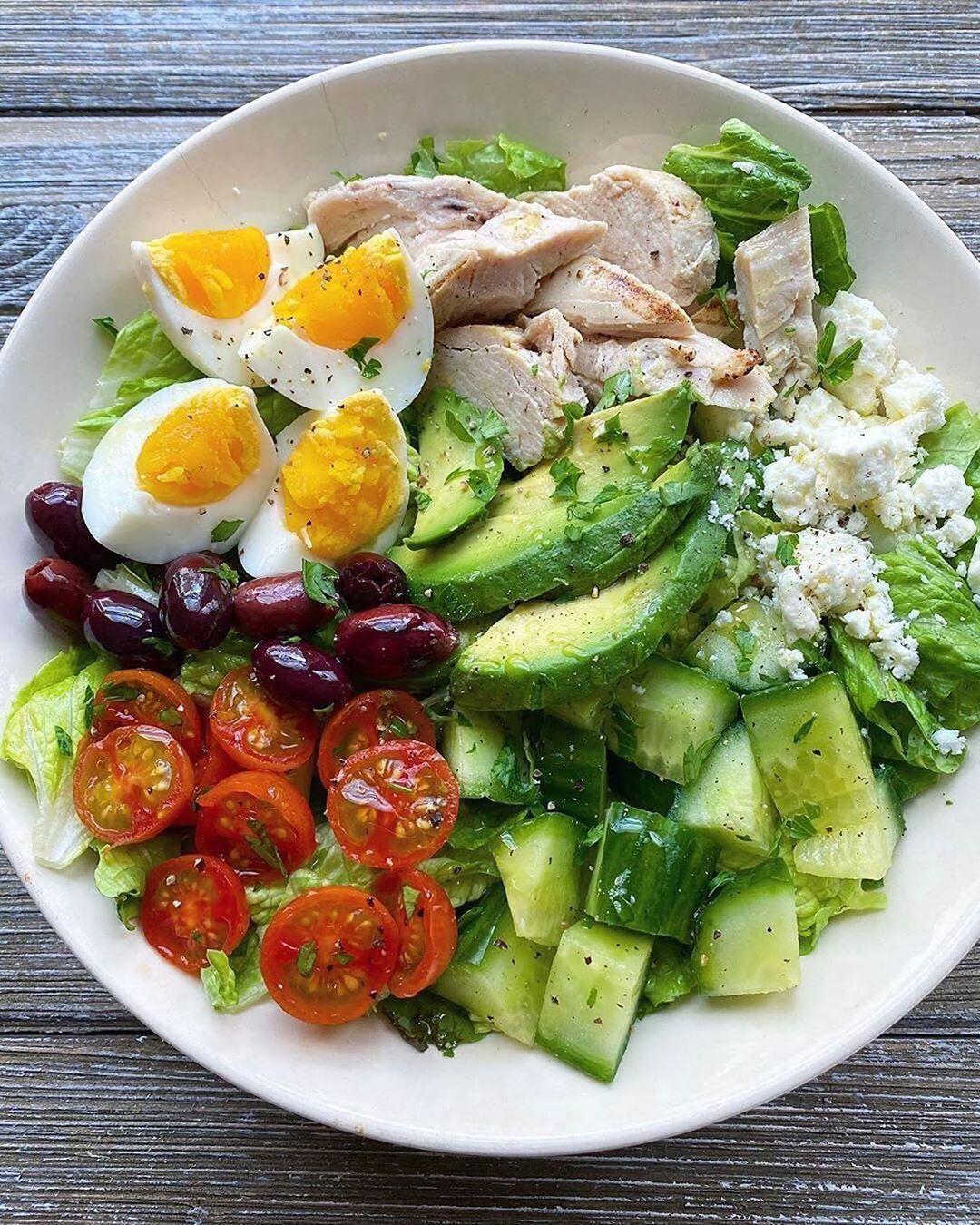Очень вкусный салатик на обед