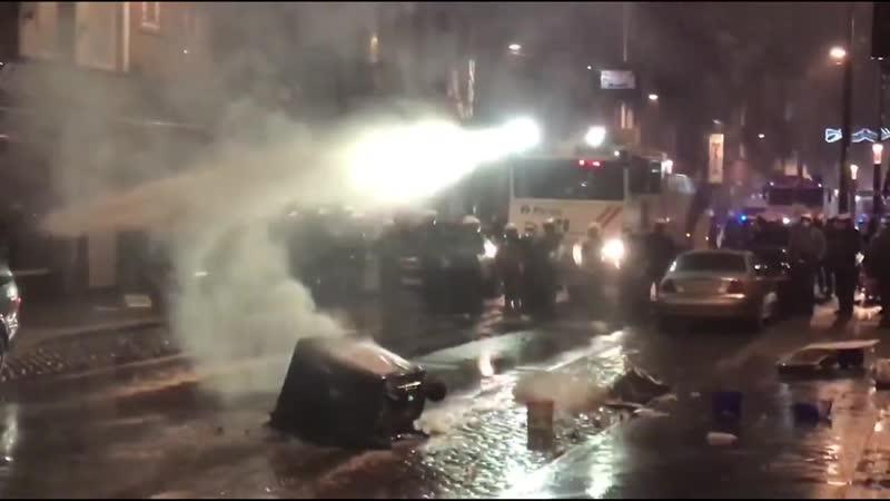 негры громят Брюссель 100 человек задержано