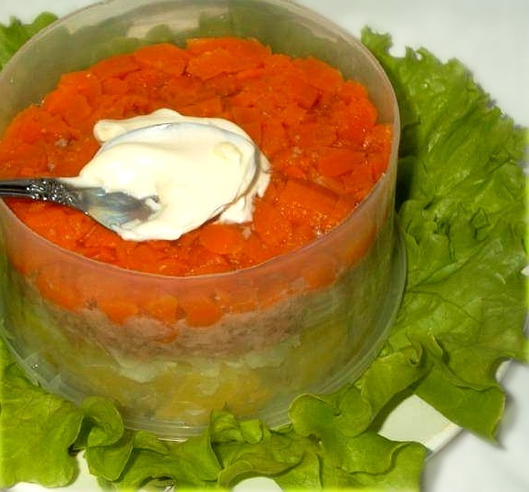 Салат слоями с печенью трески, изображение №5