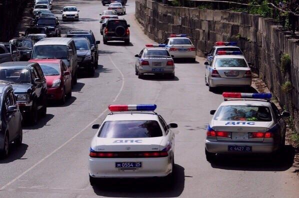 С полицией Владивостока, шутки плохи