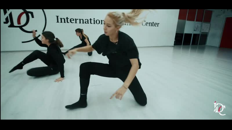 Contemporary by Ulyana Saharova Intern e Center 1080p