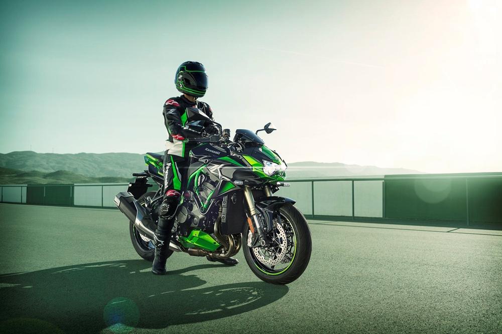Заряженный нейкед Kawasaki Z H2 SE 2021