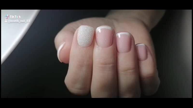 Всеми любимый и такой изумительный французский стиль дизайна ногтей как всегда в тренде и пользуется огромной популярностью к