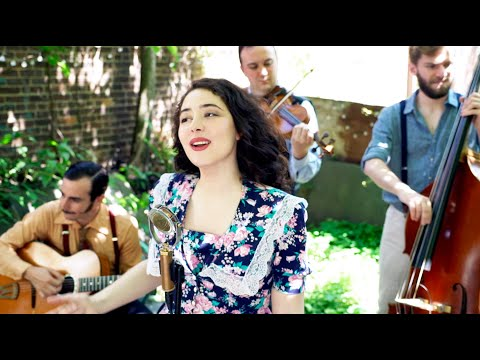 Fleur Bleue Tatiana Eva Marie Avalon Jazz Band