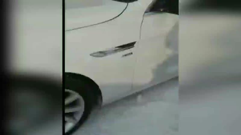 Блондинка на BMW