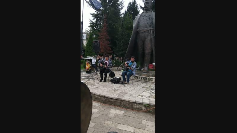 брутальные северные черногорцы