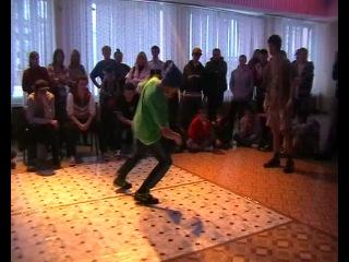 1 й круг Тема Rey Wild Beezz School vs One crew Минск