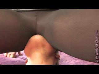 Facesitting Video Online