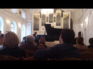 Слонимский Интермеццо памяти Брамса (играет автор)