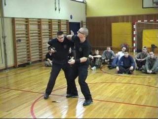 Extreme Knife fighting