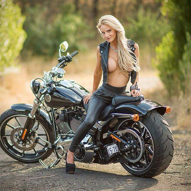 Biker Chick Anna Polina Enjoys Threesome Dp Lynxxx Xxx Porn Tgp