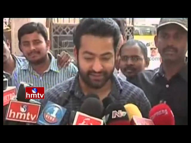 Jr NTR and Lakshmi Pranathi Cast their Votes GHMC Elections 2016 HMTV