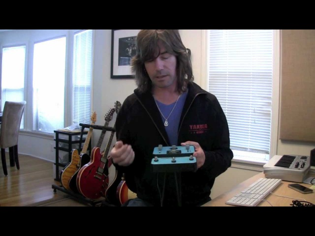 Soundblox Pro Multiwave Distortion demo by Pete Thorn