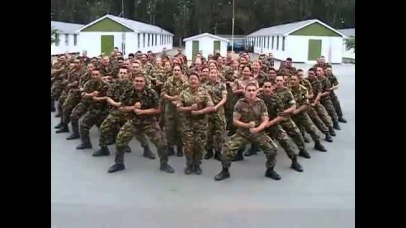 Танец племени Маори - хака в исполнении военных