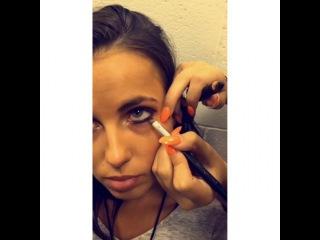 Smithers x Payno on Instagram: Lottie doing Sophia's make up backstage at the concert today  #lottietomlinson #sophiasmith #sophiam
