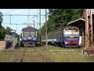 Электропоезд ЭР2-1293/1294 в ст. Нымме / ER2-1293/1294 EMU at Nõmme station