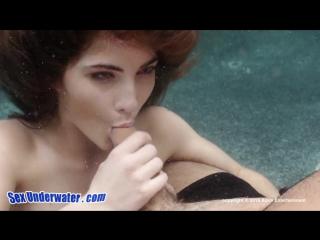 {poterebim18+} molly jane сосёт под водой[hd, 720, blowjob anal, порно,минет, секс,няшка)