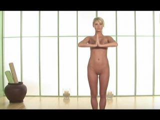 Сара джин андервуд - голая йога / sara jean underwood - nude yoga