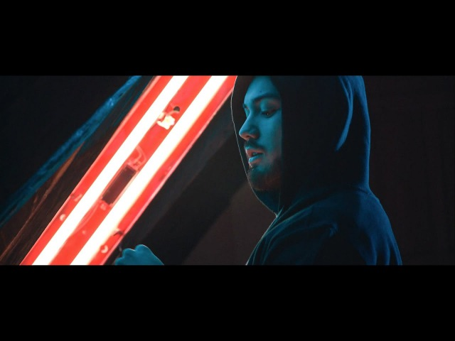 DJ Wich Zvedám strop ft Renne Dang OFFICIAL VIDEO
