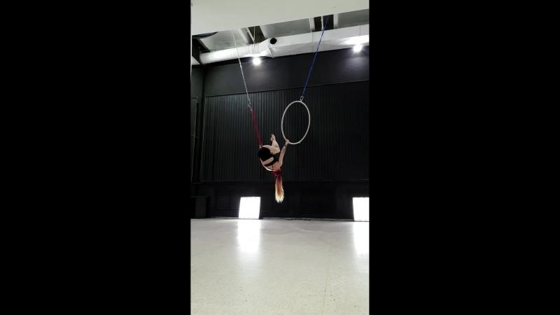 Double hoop Vyatkina E
