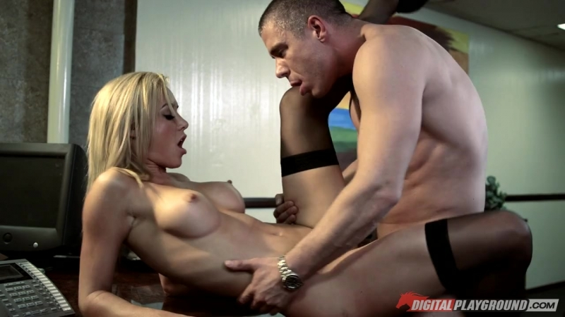 Banging my boss daughter porn hd pics