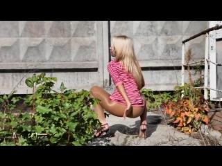 Russian sexy legs - 9 (эротика, стриптиз, фут-фетиш, ножки, нейлон, 18+)