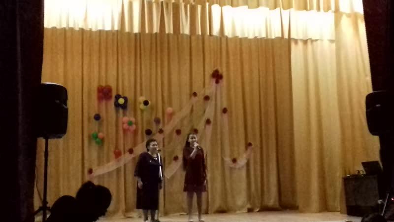 Әниләр көненә багышланган концерт сәхнәдә Фәридә апа Сибагатуллина оныгы Алия белән 1 12 2018