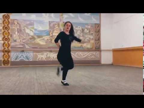 Красивая Девушка от Души танцует Лезгинку 2019 (Sword studio)