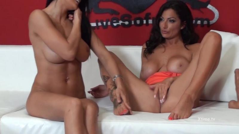 Sofia Cucci, Priscilla Salerno (boobs busty big tits model milf mature lesbian squirt dildo blowjob licking