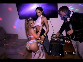 Ariana Marie, Moka Mora [PornMir, ПОРНО, new Porn, HD 1080, Blowjob, Handjob, Pussy Licking]