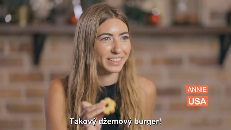 Cizinci poprvé ochutnávají české cukroví. Jejich reakce vás zaskočí!
