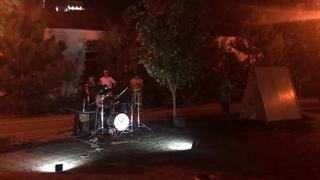 Барабанщик жжёт. г. Анапа