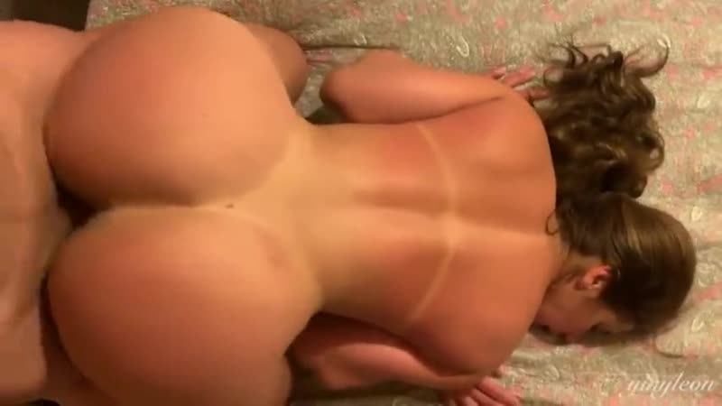 Hot mom fucks stepson Big ass POV Cowgirl doggystyle(трах, сосёт, глотает, сперму,