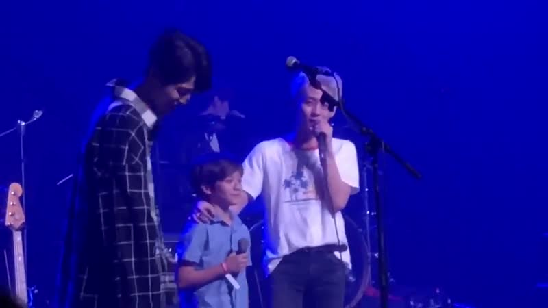 Woosung's little brother AJ came onstage and sang Candy! It's been a couple of y