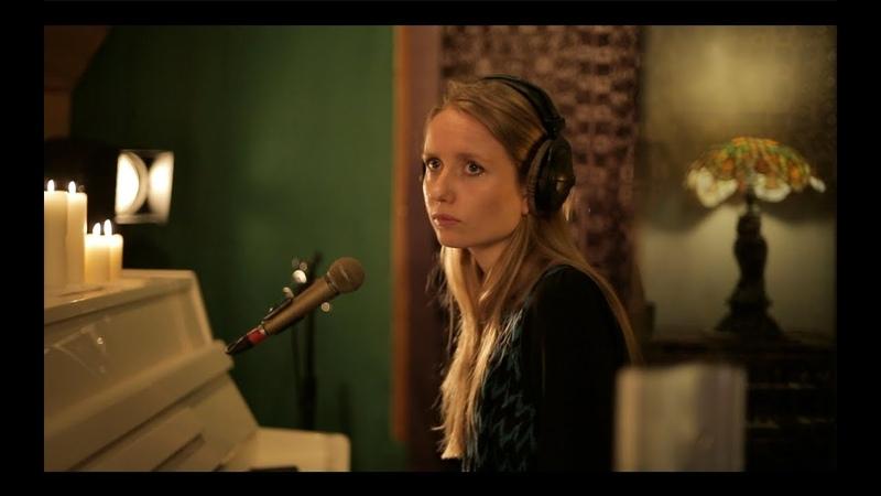 GypsyFingers 'The Waves' Live at Tilehouse Studios