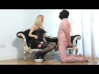 Mistress Eleise De Lacy: Just Can't Get Enough