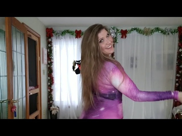 Cassandra Fox dances to I Wanna Dance drum solo by Artem Uzunov