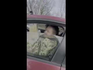 В Московской области сотрудник ГИБДД остановил водительницу- рептилоида и час пытался понять с какой она планеты